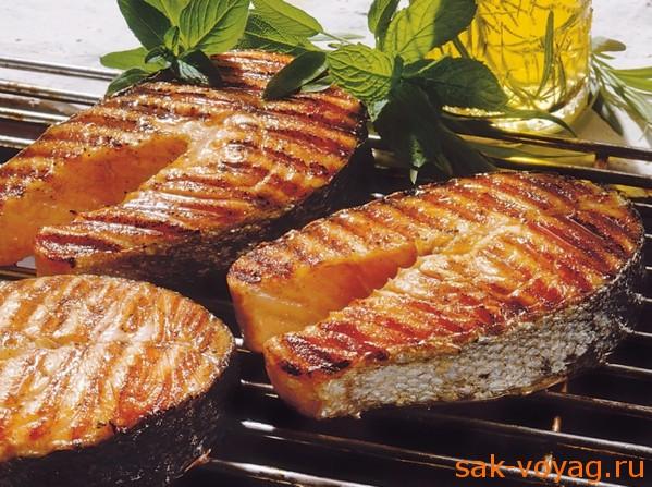 Два рецепта для барбекю, лосось на гриле