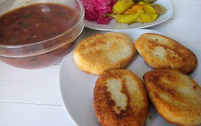 блюдо в пост мчади -кукурузные лепешки