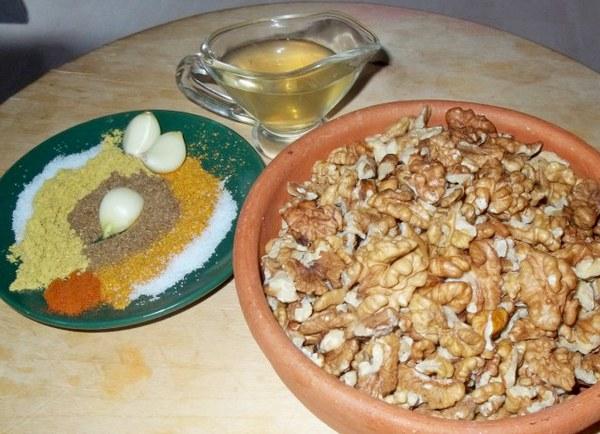 Ореховый соус к рыбе по грузински