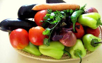 Как приготовить толму из овощей - фаршированные баклажаны, помидоры, перец