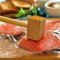 как приготовить к новогоднему столу: рулеты из телятины с сыром и салями