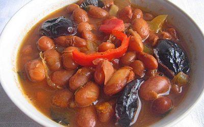 Постные блюда из фасоли – фасолевый суп с черносливом, болгарская кухня